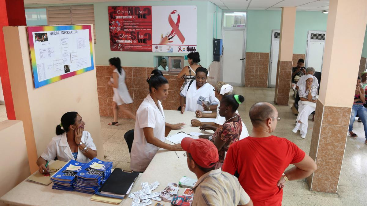 A pregnant woman in Cuba with HIV would be referred to a policlinico, like the one above, for specialized care.