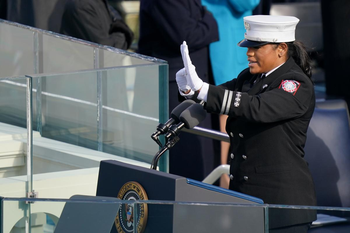 Capt. Andrea Hall, a firefighter from Fulton County, Ga., delivers the pledge of allegiance during the 59th Presidential Inauguration on Wednesday.