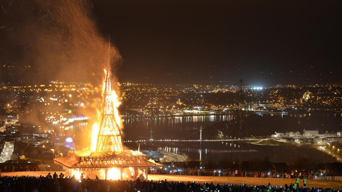 Thousands of people watch as the temple by renowned Burning Man artist Best is set ablaze on March 21, 2015, in Londonderry, Northern Ireland.