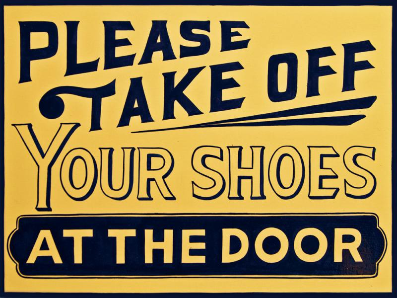 A sign by San Francisco-based sign painter Caitlyn Galloway.