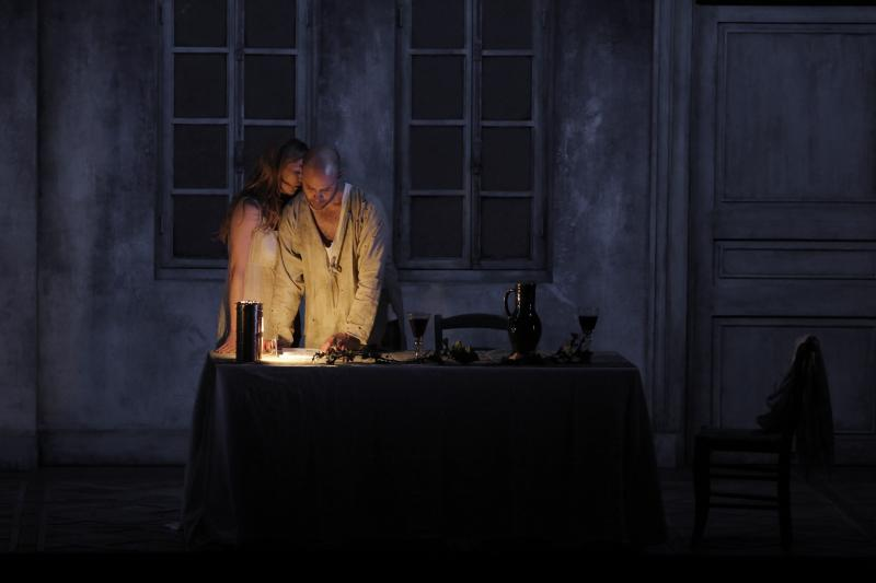 Barbara Hannigan and Bejun Mehta in the Festival at Aix production of Written on Skin.