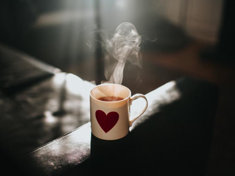 """One neuroscientist finds that simply savoring a cup of tea as a daily morning ritual has helped her quell anxious thoughts in pandemic times. """"It felt like I finally had a great excuse to just be present and enjoy the breeze and warmth of the bowl of tea"""