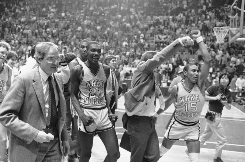 Carl Tacy, Former Deacon Basketball Coach, Dies At 87 | 88.5 WFDD