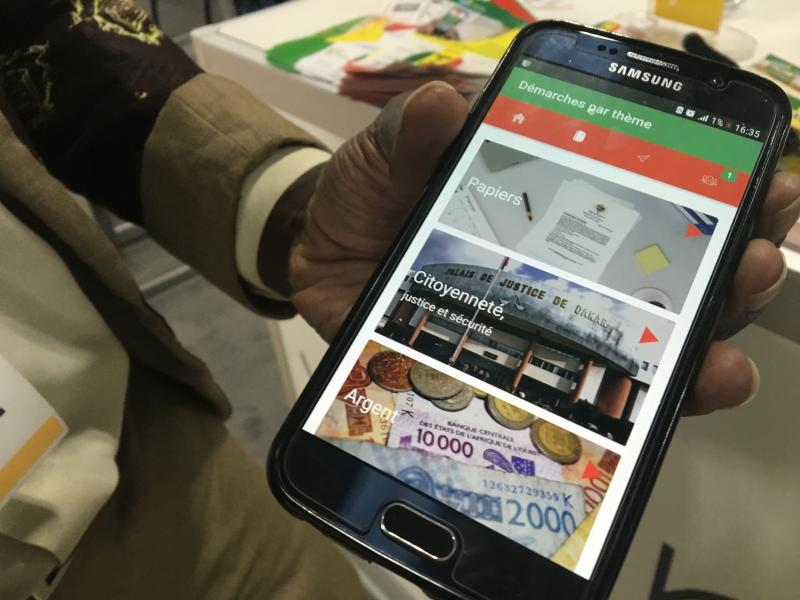 The E-Citizen app from Senegal uses photos and audio recordings. For example, click on a photo of a baby and select either French or a local dialect. You'll hear how to register a newborn child.