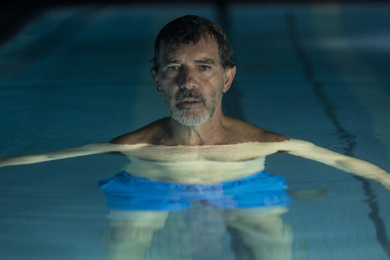 Antonio Banderas plays a film director searching for meaning after his physical decline interferes with his ability to create.