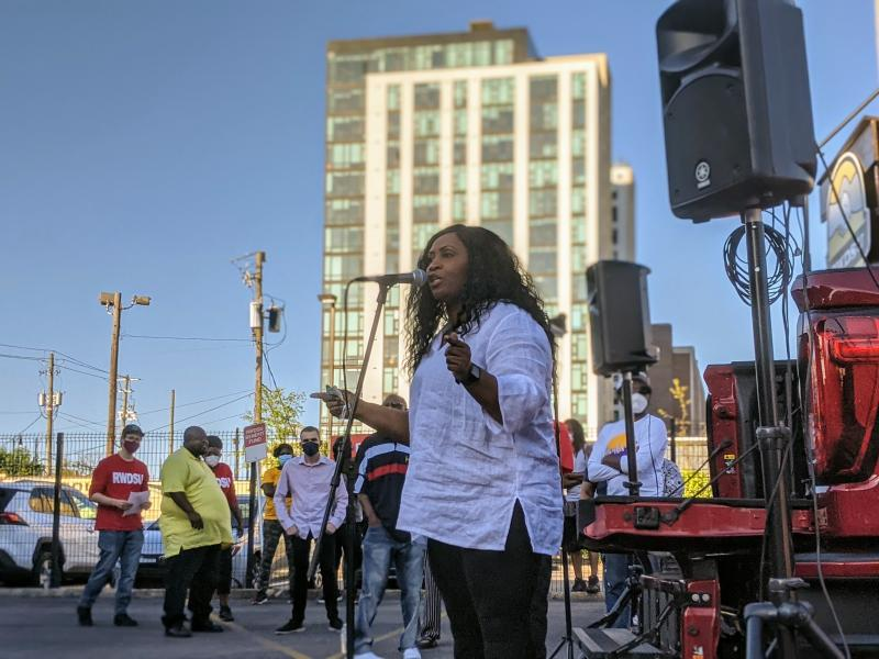 Pro-union Amazon warehouse worker Jennifer Bates vows at a rally in Birmingham to keep fighting to unionize the Amazon Bessemer warehouse.