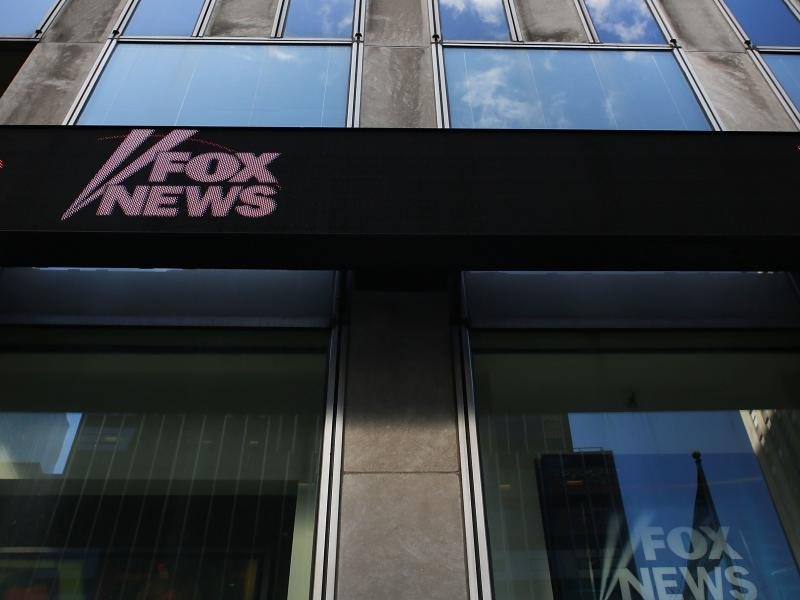 Fox News Fights Back On Lawsuit Filed Over Seth Rich Story ...