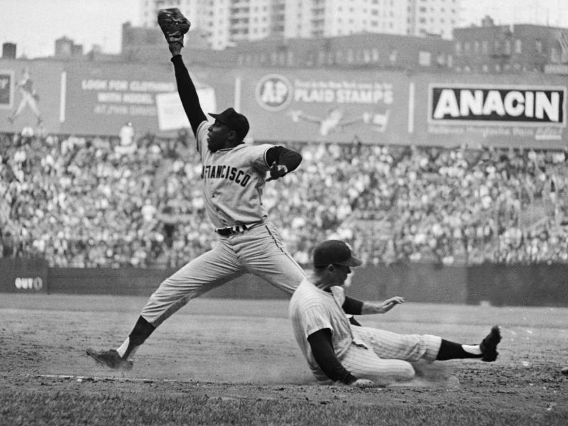 Giants Hall of Famer Willie McCovey dead at 80