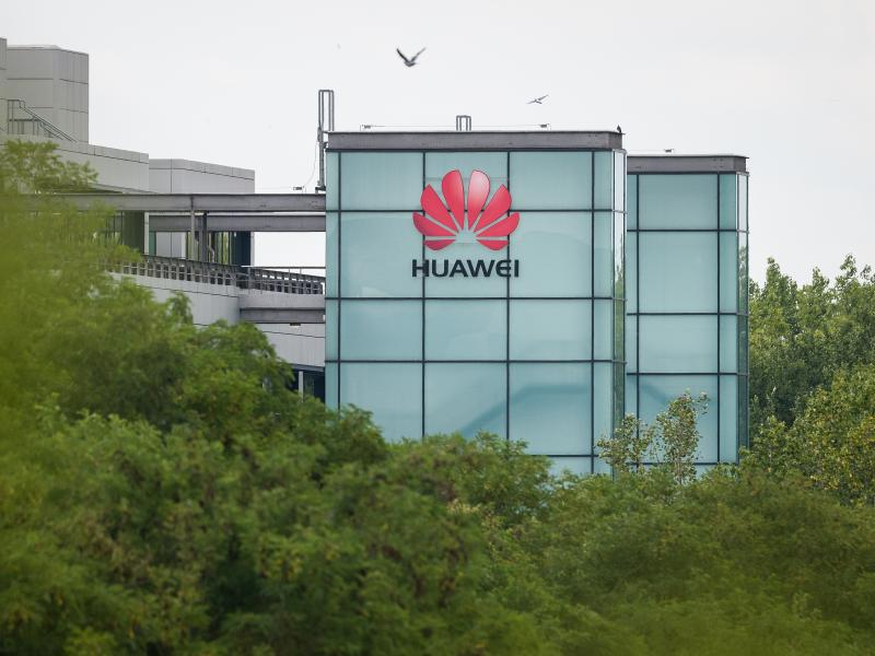 The British government has announced that starting next year, telecommunications companies would be banned from buying Huawei equipment for the U.K.'s 5G network. Existing Huawei equipment will need to be removed by 2027.