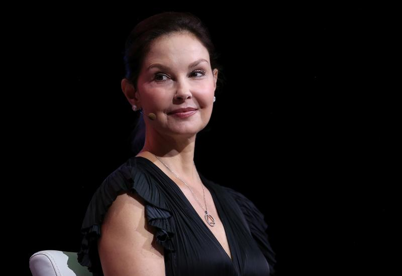 Ashley Judd can continue with the defamation part of her lawsuit against disgraced former movie mogul Harvey Weinstein, a judge ruled Wednesday.