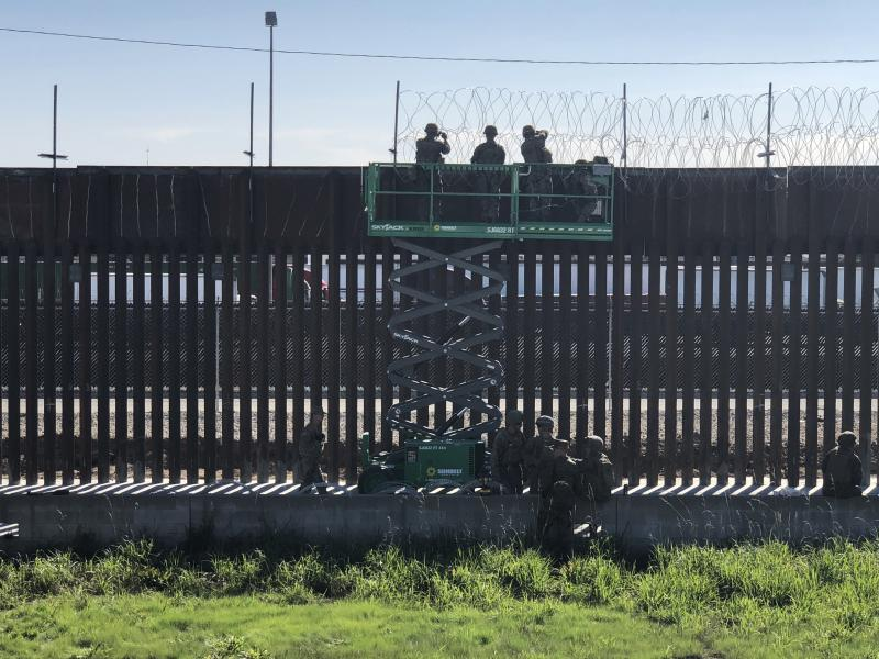 marines deployed to u s mexico border as central american migrants