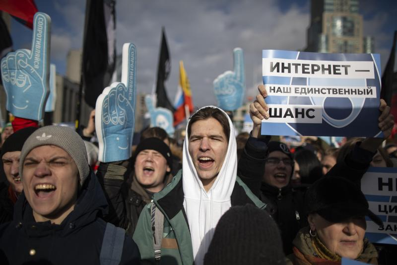 Demonstrators protest at a Free Internet rally in Moscow in March. A new law takes effect on Friday that could restrict Internet access.