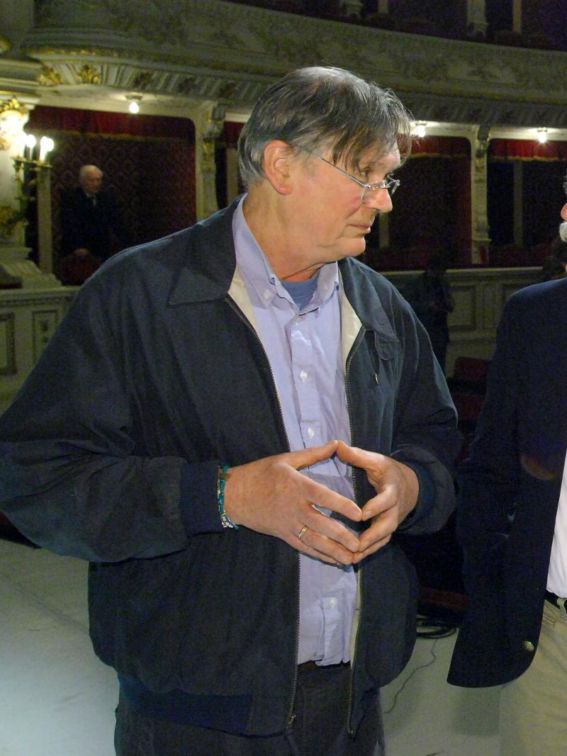Biochemist Tim Hunt, a 2001 Nobel laureate, has apologized – to an extent – for saying that women are a disruptive presence in scientific labs.  He's seen here in 2012.