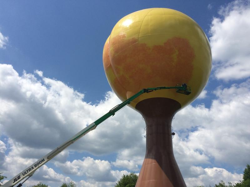 The restoration of the landmark, popularized by a House of Cards episode, has some fans wondering whether the giant peach will lose its giggle-inducing appearance.