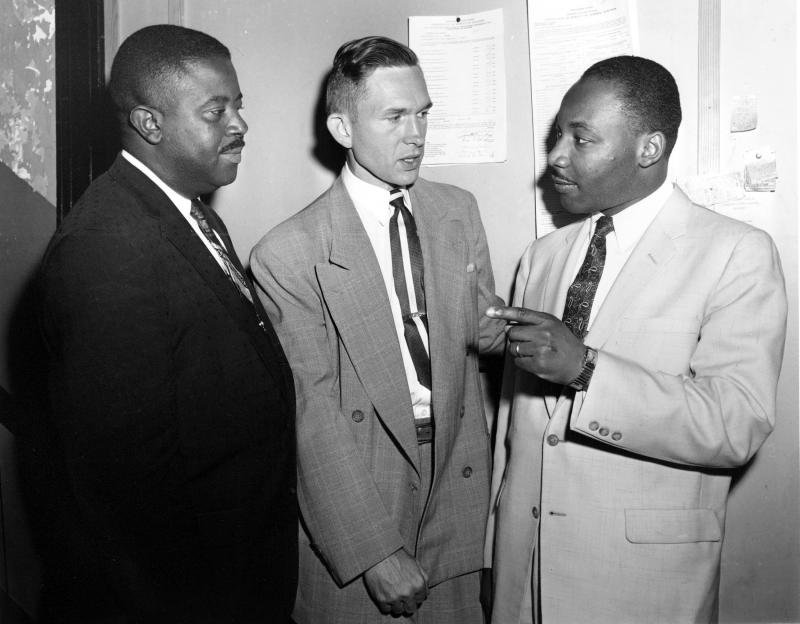 In this May 28, 1957, photo, Rev. Robert S. Graetz, center, Rev. Dr. Martin Luther King Jr. and Rev. Ralph D. Abernathy, left, talk outside the witness room during a bombing trial in Montgomery, Ala. Graetz, the only white minister to support the Montgome