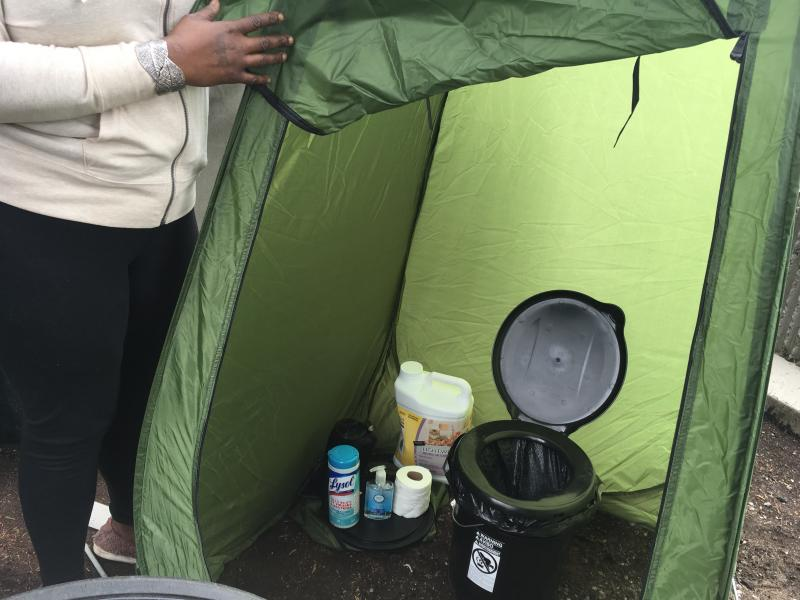 Seattle Man S Toilet Kit For The Homeless Brings Privacy