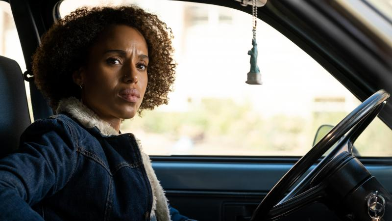 Kerry Washington plays Mia Warren, an enigmatic artist and single mother, in the Hulu series Little Fires Everywhere, adapted from Celeste Ng's 2017 novel.