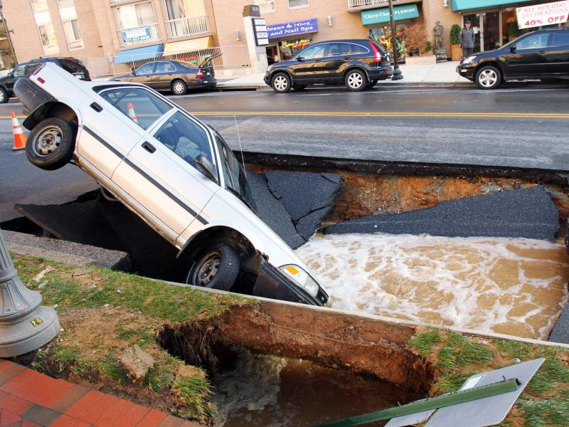 High-profile events like bridge collapses or road sinkholes (like this one in Maryland in 2010) could make you think America's roads are crumbling. That's not quite true.