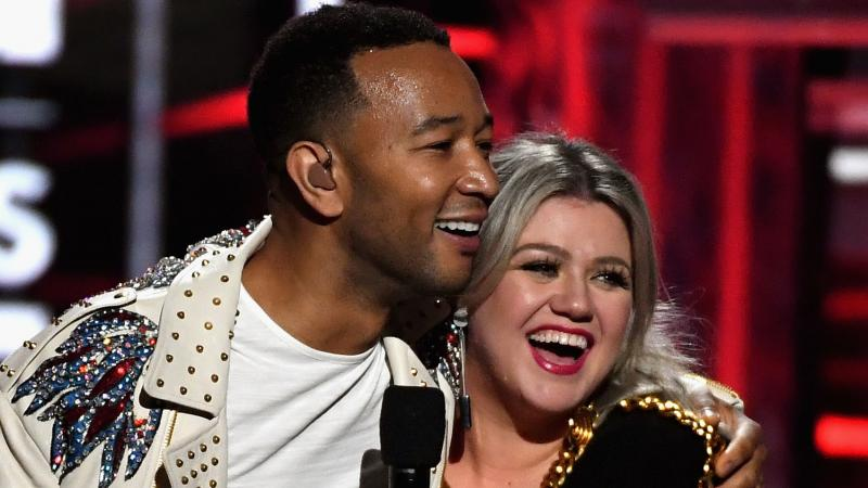 John Legend and Kelly Clarkson, onstage during the 2018 Billboard Music Awards at MGM Grand Garden Arena on May 20, 2018 in Las Vegas, Nevada.