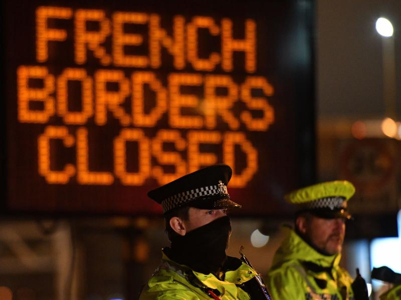 The U.K. and France reached a deal to reopen their mutual borders for rail, air and sea delivery services amid the rapid spread of a new coronavirus strain.