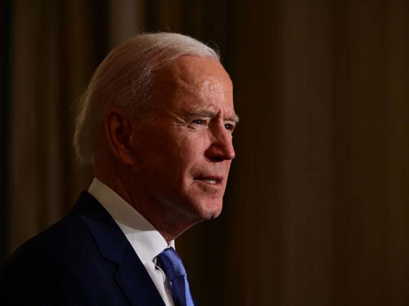 President Biden swears in presidential appointees during a virtual ceremony in the State Dining Room of the White House on Wednesday. Data on Thursday showed new claims for state unemployment benefits reached 900,000, showcasing the weakening U.S. jobs pi