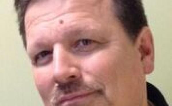 Headshot of Mark Norman
