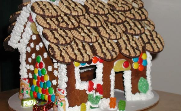 Gingerbread House, Christmas, Holiday, Family Fun