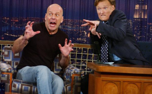 Conan O'Brien interviews Bruce Willis in a 2005 episode of Late Night With Conan O'Brien.