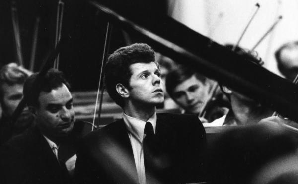 A youthful Van Cliburn, captured mid-concerto.