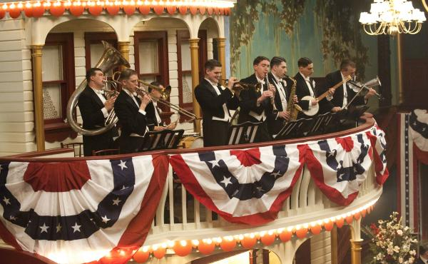 Boardwalk Empire features music by Vince Giordano and the Nighthawks.