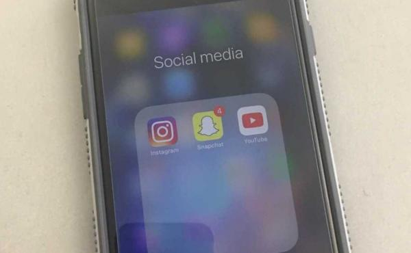 Social Media on Iphone