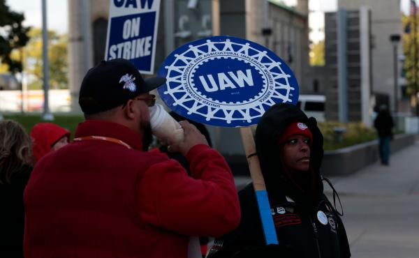 US-STRIKE-LABOR-AUTOWORKERS