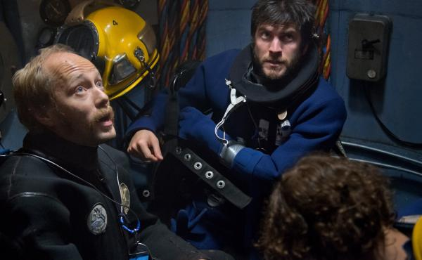 Aksel Hennie and Wes Bentley star as offshore divers in Pioneer.