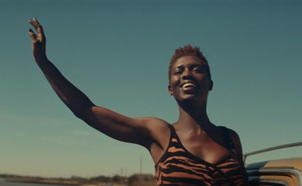 Jodie Turner-Smith stars as Queen, a criminal defense attorney turned fugitive in Queen & Slim.