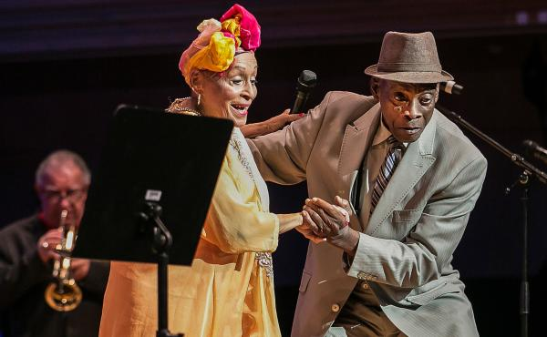 Omara Portuondo (vocals) and Papi Oviedo (Tres player) perform in the documentary Buena Vista Social Club: Adios.
