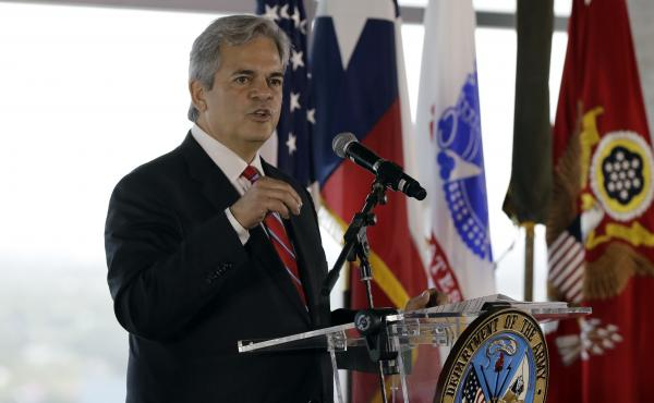 "Austin Mayor Steve Adler, shown here at an event in 2018, says he ""set a bad example"" by traveling to Cabo San Lucas last month."