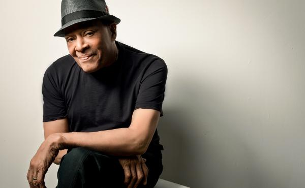 Versatile jazz artist Al Jarreau has died at 76.