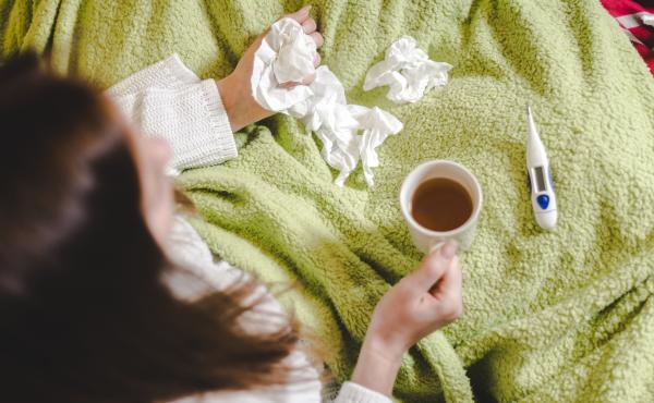 Is that sneezing or coughing fit a sign of allergies, a cold, the flu or COVID-19? If you also have a fever — a temperature above 100.4 degrees Fahrenheit or higher — those symptoms probably signal infection and not just allergies acting up. (Wait 30