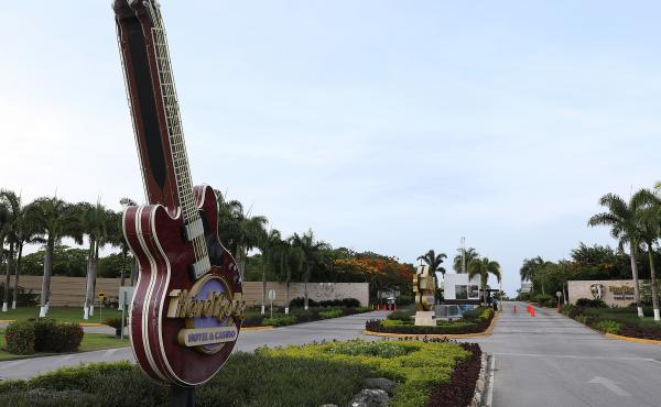 A tourist died unexpectedly after getting sick two months ago at the Hard Rock Hotel in Punta Cana, Dominican Republic.