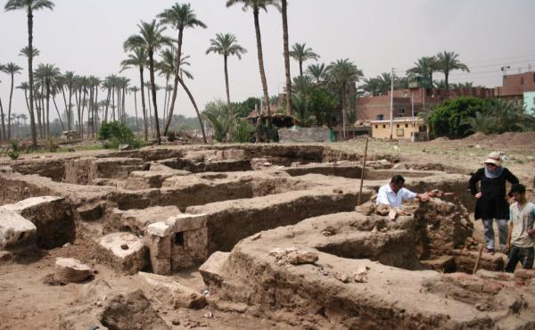 Archaeologists discovered the ancient structure in the Egyptian town of Mit Rahina, the Ministry of Antiquities announced Tuesday.