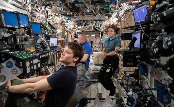 Expedition 59 Flight Engineers (from left) Anne McClain, David Saint-Jacques and Christina Koch inside the U.S. Destiny laboratory.