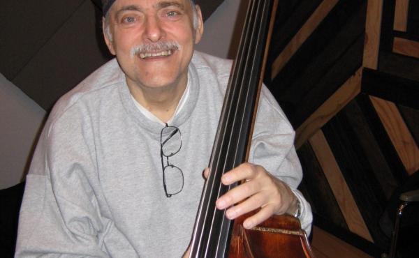Andy González.