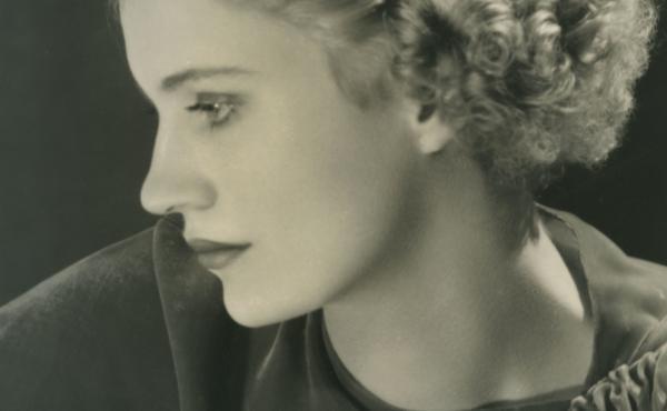 Lee Miller, Self-Portrait with Headband (variant), 1932 gelatin silver print, Lee Miller Studios Inc., New York