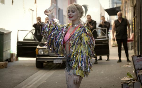 Lunatic, Fringe: Harley Quinn (Margot Robbie) finds a whole new, non-suicidal squad in Birds of Prey.