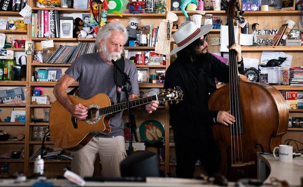 Bob Weir and the Wolf Bros play a Tiny Desk Concert (Laura Beltran Villamizar/NPR).