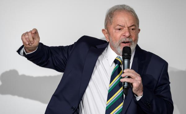 Former Brazilian president Luiz Inácio Lula da Silva delivers a speech in Geneva last year. A Supreme Court justice on Monday annulled corruption convictions against him, citing a court's lack of jurisdiction.