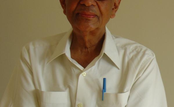 C.V. Vishveshwara in 2007 in Oak Park, Illinois.