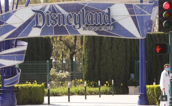 Disneyland and other California theme parks remain closed due to the coronavirus pandemic... even as theme parks in Florida have been open for months.