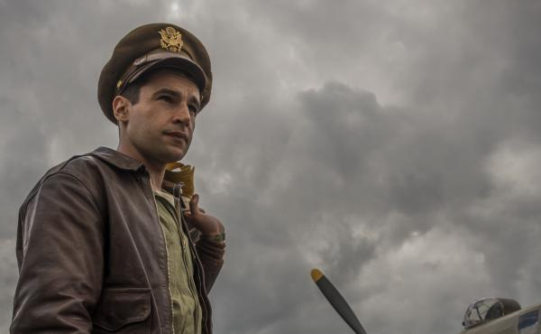 Christopher Abbott plays Yossarian in Hulu's adaptation of Catch-22., which doesn't capture the satirical tone of the novel.