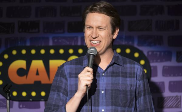 Pete Holmes stars as a devout Christian comic with an upbeat disposition in the HBO's Crashing.